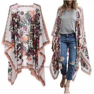 Kimono Floral and Flowing - LAST ONE